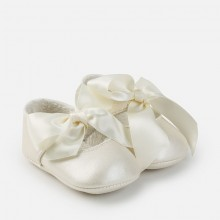 Girls Ribbon Shoes - Pearl (9639)