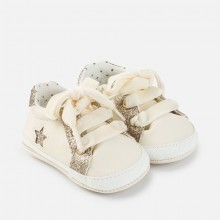 Gilrs Sport Style Pram Shoes  - Natural (9643)