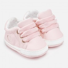 Gilrs Sport Style Pram Shoes  - Pink (9643)